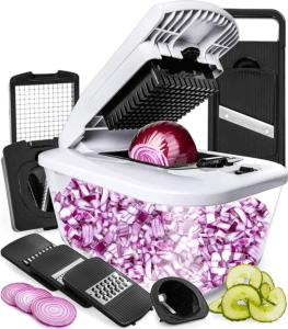 Tiny Kitchen Products: veggie slicer