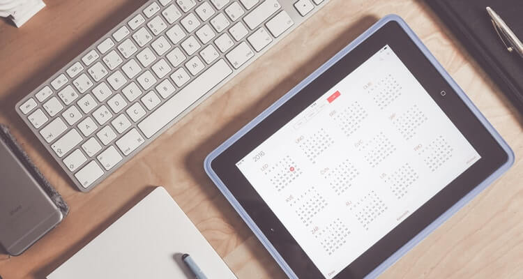 Amazon Seller Holiday Calendar: image of a calendar on an ipad