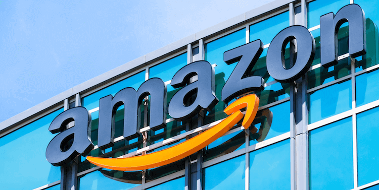 Amazon freezes FBA shipments: logo on corporate building