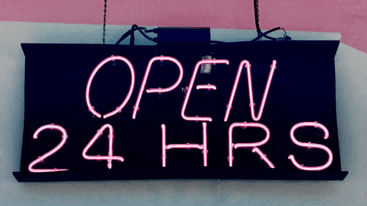 Amazon brick and mortar stores: 24 hour sign on the side of a building (@TonyTheTigersSon via Twenty20)