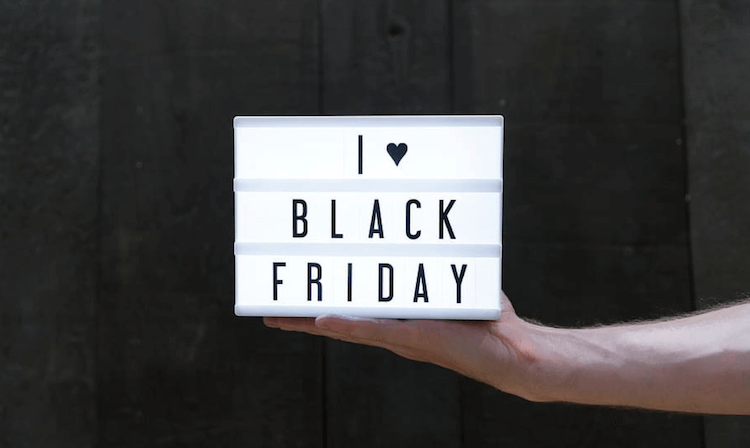 Black Friday selling tips: Black Friday sign